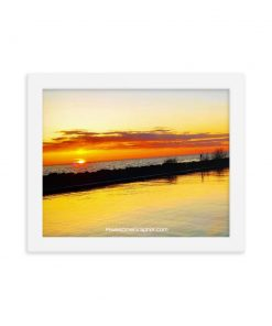 Breathtaking Sunset - Framed poster (various sizes) - AwesomeGraphix.com - T-Shirts, Caps, Mugs, Baby Onesies, Wall Art and more!